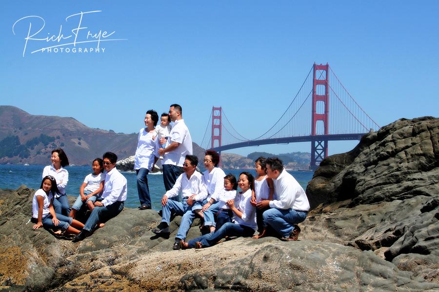 Golden-Gate-Bridge-Family-Portraits-Photos-Photographer