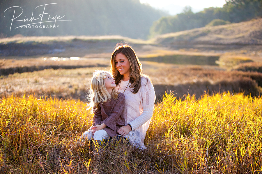 Marin-County-Family-Portrait-Photos-Outdoor-Photographers